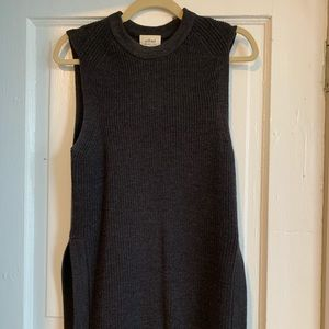 Aritzia Sweaters - Aritzia Sleeveless Sweater